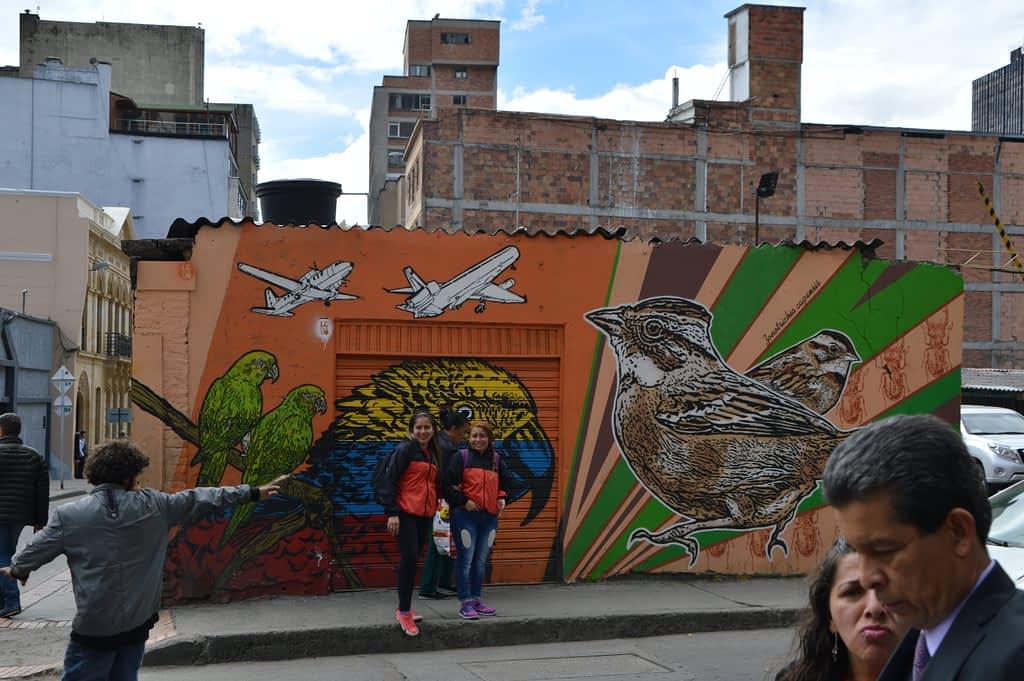 Lesivo - Graffiti tour in Bogota