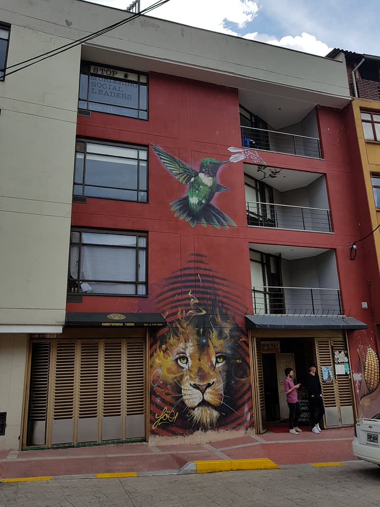 Franco - graffiti tour in Bogota