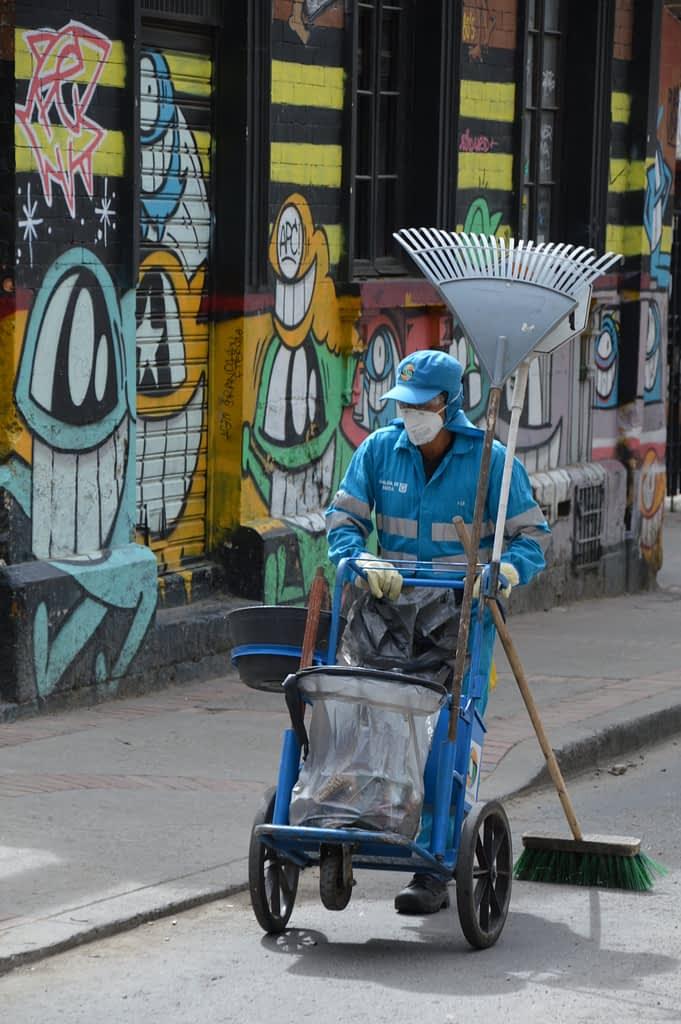 Pez - Graffiti tour in Bogota