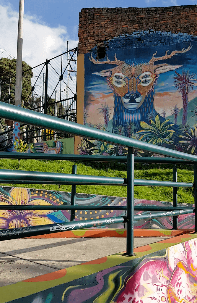 Rodez - Graffiti tour in Bogota